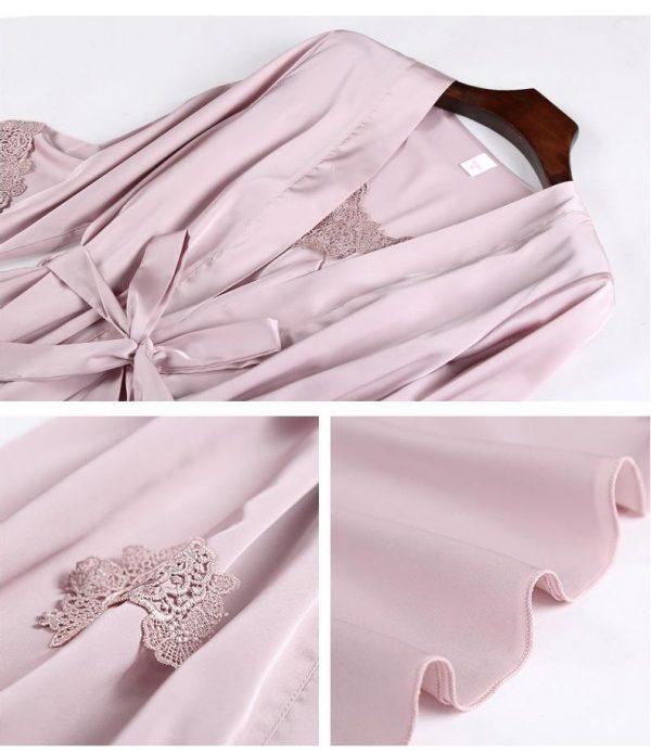 Комплект (халат и сорочка) светло-розовый