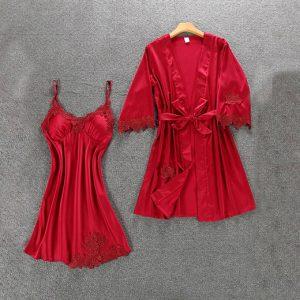 Комплект (халат и сорочка) красный