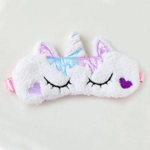 Меховая маска для сна Белый единорог с сердечками на щеках