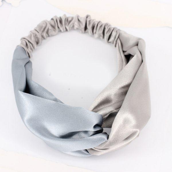 Атласная повязка с перехлестом на голову серая