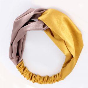 Атласная повязка с перехлестом на голову желто-бежевая