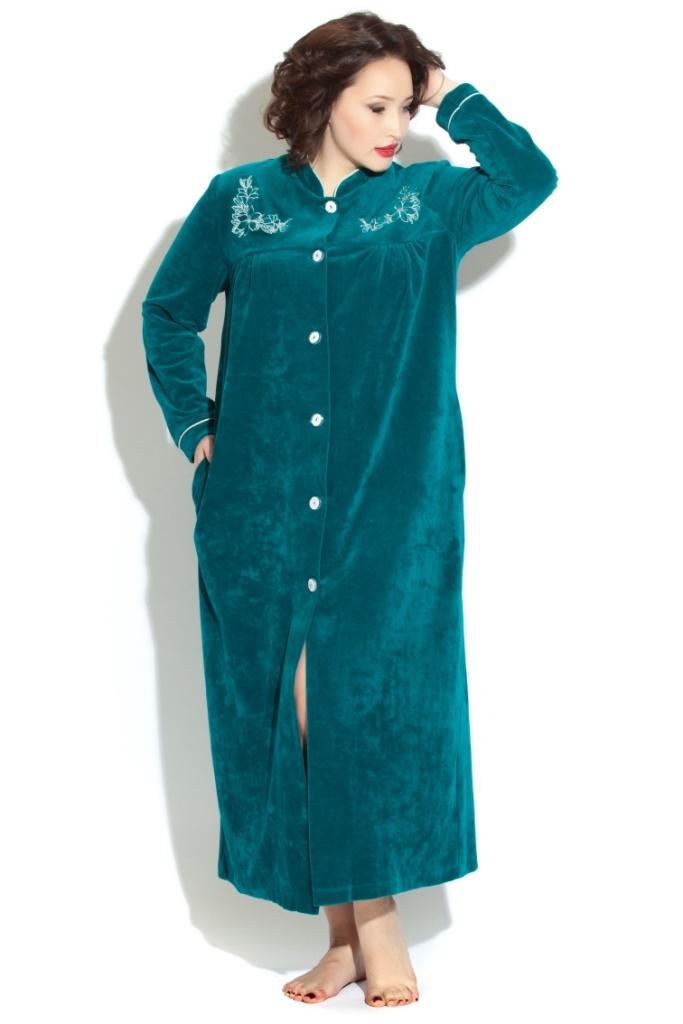 Удлиненный велюровый халат на пуговицах AURORE (PM 391)
